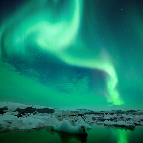 Northern lights Jokulsarlon